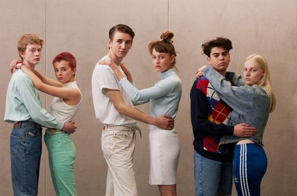 Nick & Chloé: Slowset A Stop Motion About the Extinction of Slowdance